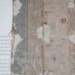 Freilegung eines Mosaikfragmentes