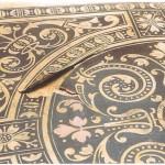Lederbezogene Armlehnstühle aus der Albrechtsburg Meissen, Details vor der Restaurierung, Planierung und Neuverleimung des geprägten und bemalten Leders